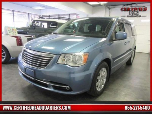 2012 CHRYSLER TOWN & COUNTRY trim
