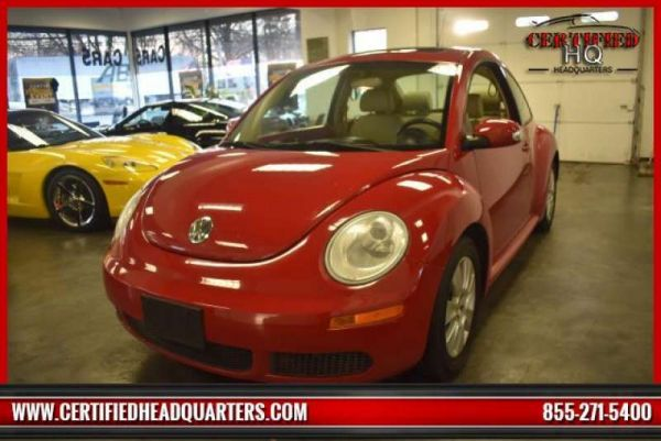 2009 VOLKSWAGEN NEW BEETLE COUPE 2dr Man S PZEV